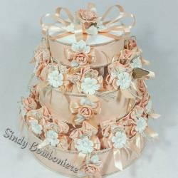 Torta BOMBONIERA WEDDING con 24 SACCHETTI in JUTA con fiore in PORCELLANA ideale per MATRIMONIO sposi ANNIVERSARIO PROMESSA