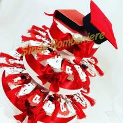 TORTA BOMBONIERA laurea con chiavi decorate e nappina rossa spedizione inclusa