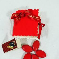 scatoline per confetti laurea bomboniere con confetti rossi e bigliettino personalizzato