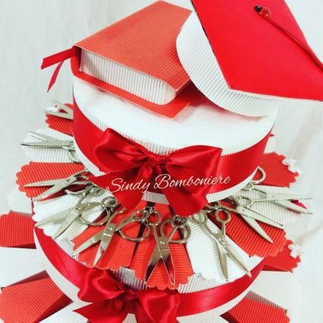 Torta portabomboniere per laurea con chiavi con albero della vita con nappina e centrale tocco e tesi