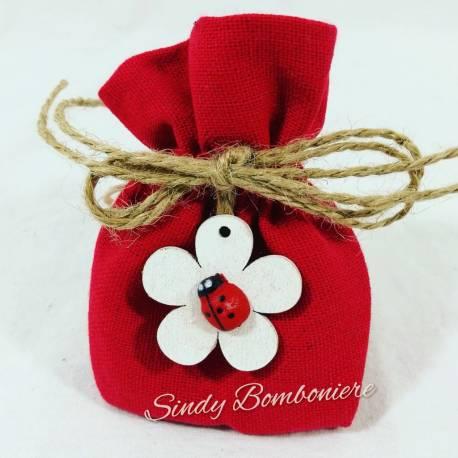 Sacchetti portaconfetti  cotone rosso con fiore e coccinella