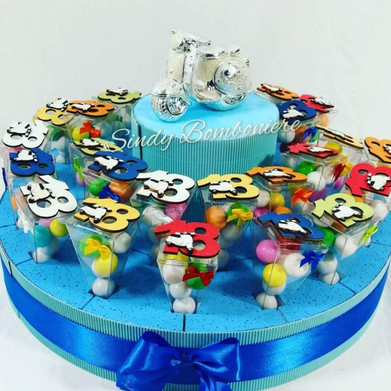 Conosciuto Idea bomboniera torta coni plexiglass 18esimo compleanno 18 anni  ZU16