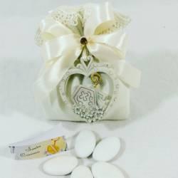 Idee bomboniere cresima cuore pendente mitria bastone sacerdote sacramenti