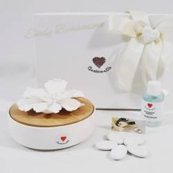 Profumatore rotondo in ceramica e bambu con fiore diffusore CUORE MATTO LINEA SIMPLY WHITE matrimonio anniversario