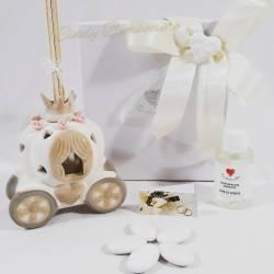 Bomboniera utile carrozza lampada a led in ceramica effetto porcellana CUORE MATTO LINEA CUORE IN TAVOLA