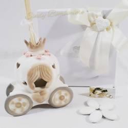 Bomboniera utile profumatore in ceramica carrozza con fragranza CUOREMATTO LINEA CUORE IN TAVOLA