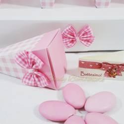 Vassoio composto da 24 coni di colore rosa per bimba battesimo nascita primo compleanno