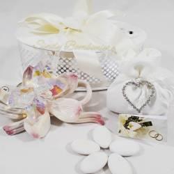 Farfalla in cristallo swarovski su fiore in porcellana rosa LA DOCA LINEA TRESY