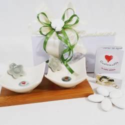 Coppia coppette bianche in ceramica con fiorellino grigio e base in legno CUOREMATTO LINEA CUOR FIORITO