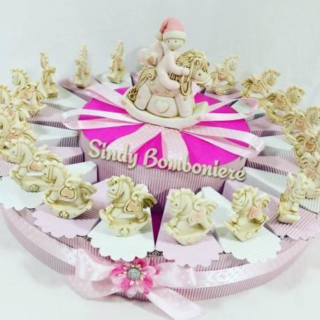 TORTA BOMBONIERA femminuccia battesimo nascita con animaletti assortiti in conchiglia