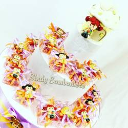 Torta bomboniera per battesimo nascita compleanno plexiglass bimba magnete casa salvadanaio