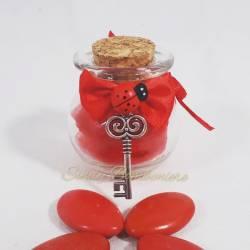 Bomboniera per laurea vasetto portaconfetti decorato con nastro rosso con pendente a forma di chiave argentata