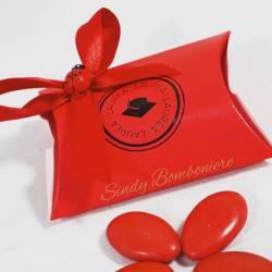 Scatolina aprifesta economica rossa per laurea con coccinella confetti e bigliettini