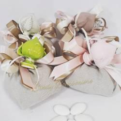 Sacchetto portaconfetti tortora con pumi in ceramica colorati
