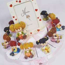 Torta bomboniere per bambina rosa con bamboline da appoggio e centrale portafoto evento nascita, battesimo, primo compleanno