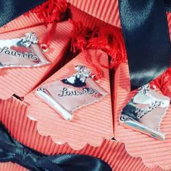 TORTA BOMBONIERA per laurea porta confetti pergamena Laurea spedizione inclusa