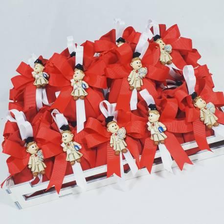 Vassoio shabby tema orsetto con sacchetti rossi con orsetti magneti per evento laurea