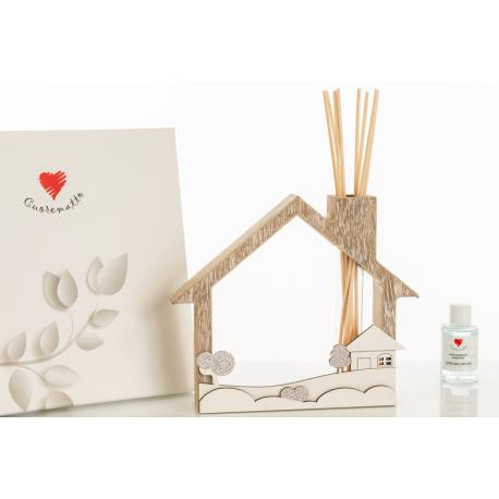 Bomboniera Cuorematto Profumatore in legno casetta con decori di paesaggio applicati in rilievo con midollini,fragranza