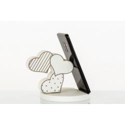 Bomboniera Cuorematto bomboniere utili portatelefono in legno a forma di tre cuore.