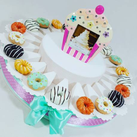Torta Bomboniere Compleanno Biscotti Dolci E Merendine Magneti