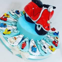Torta Bomboniere vespe portachiavi colorati per cresima comunione compleanno