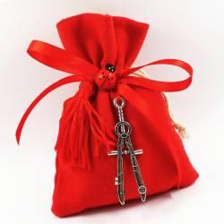 Bomboniere laurea sacchetti rossi con pendente ciondolo compasso