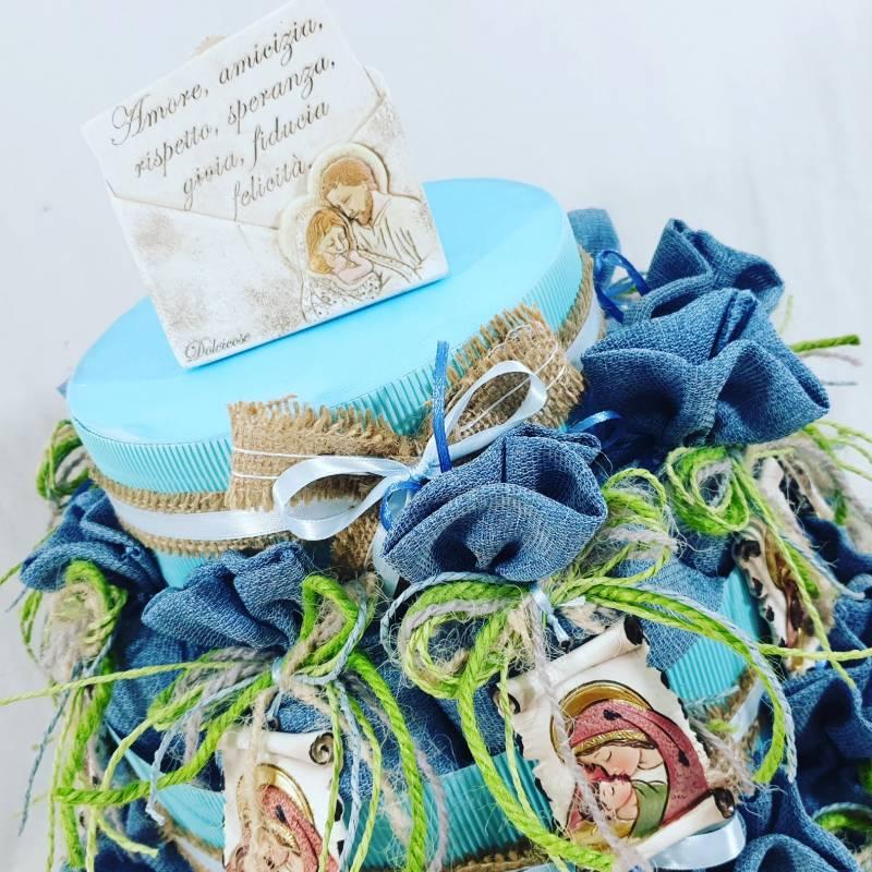 Bomboniere Battesimo bimbo sacchetti con icona Sacra su torta