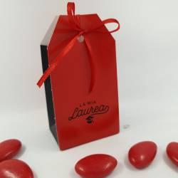 Scatolina portaconfetti rossi per laurea nastrino rosso