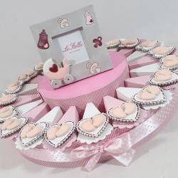 Torta bomboniera Battesimo bimba piedini magneti a cuore femmina
