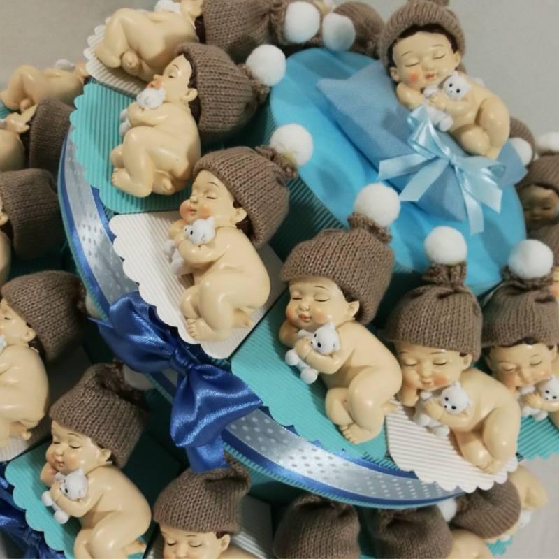Torta bomboniera bimbo che dorme cappellino di lana