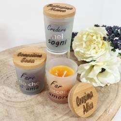 Bomboniera candela personalizzata con nome sul tappo