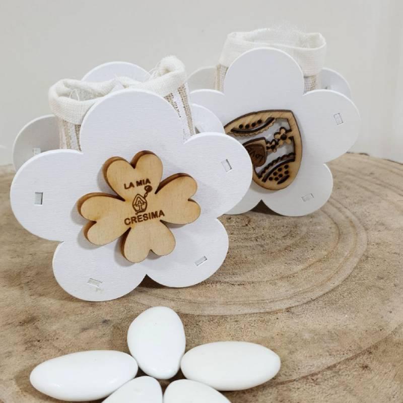 Scatoline Cresima fiore in legno con quadrifoglio