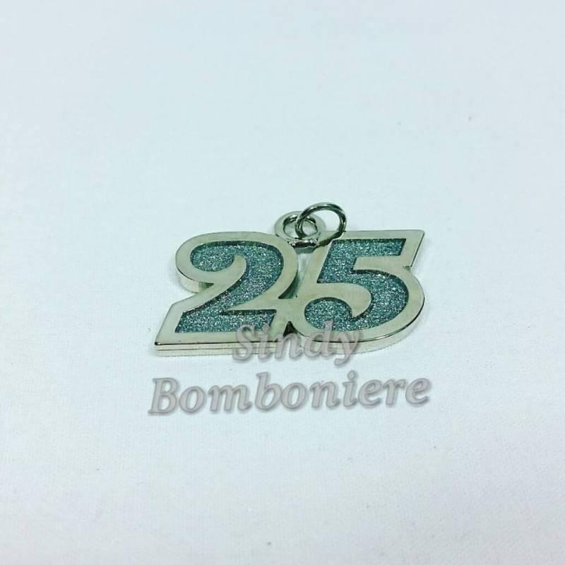 Bomboniere 25 anni matrimonio fai da te dg14 regardsdefemmes for Video anniversario 25 anni di matrimonio
