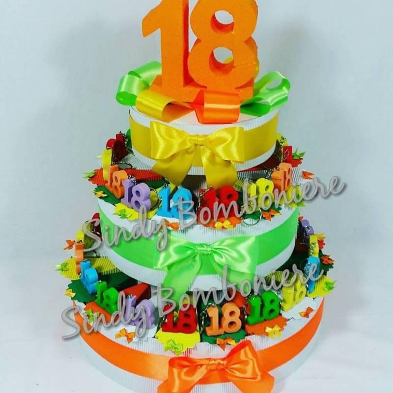 abbastanza torta bomboniere 18 anni diciottesimo COMPLEANNO con confetti  OF91