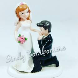 FAI DA TE BOMBONIERE TOPPER sposi per matrimonio PROPOSTA in ginocchio bacio sulla mano CENTRALE torta no confetti