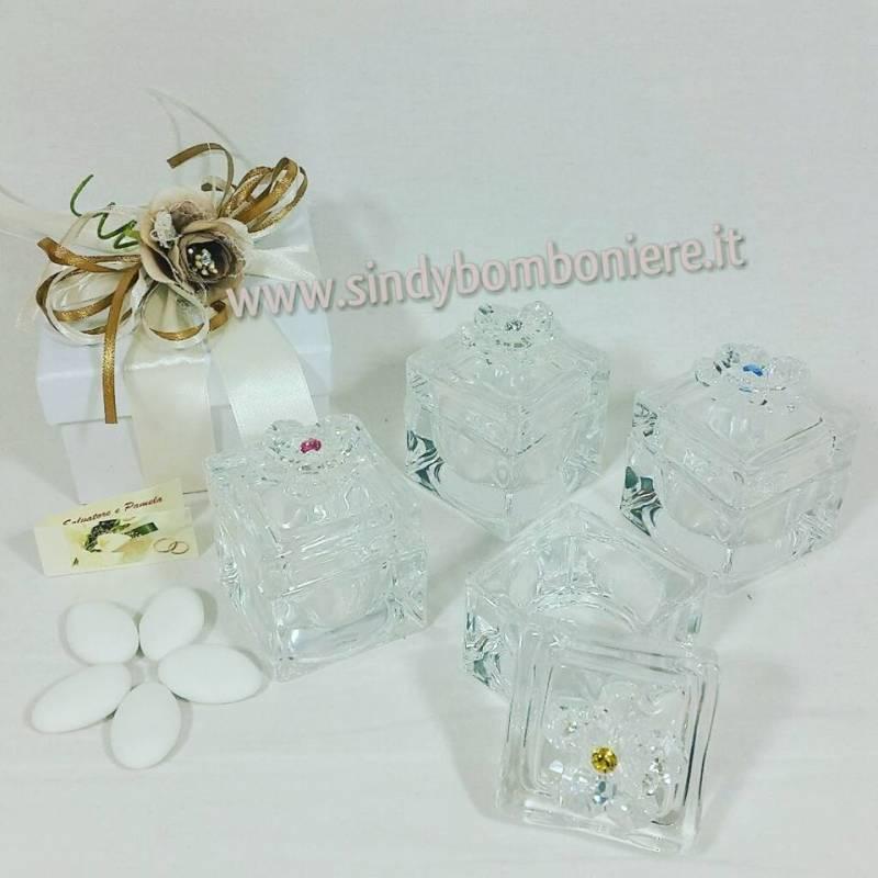 Bomboniere matrimonio swarovsky fiore cristallo su scatola vetro porta cioccolatini porta gioie